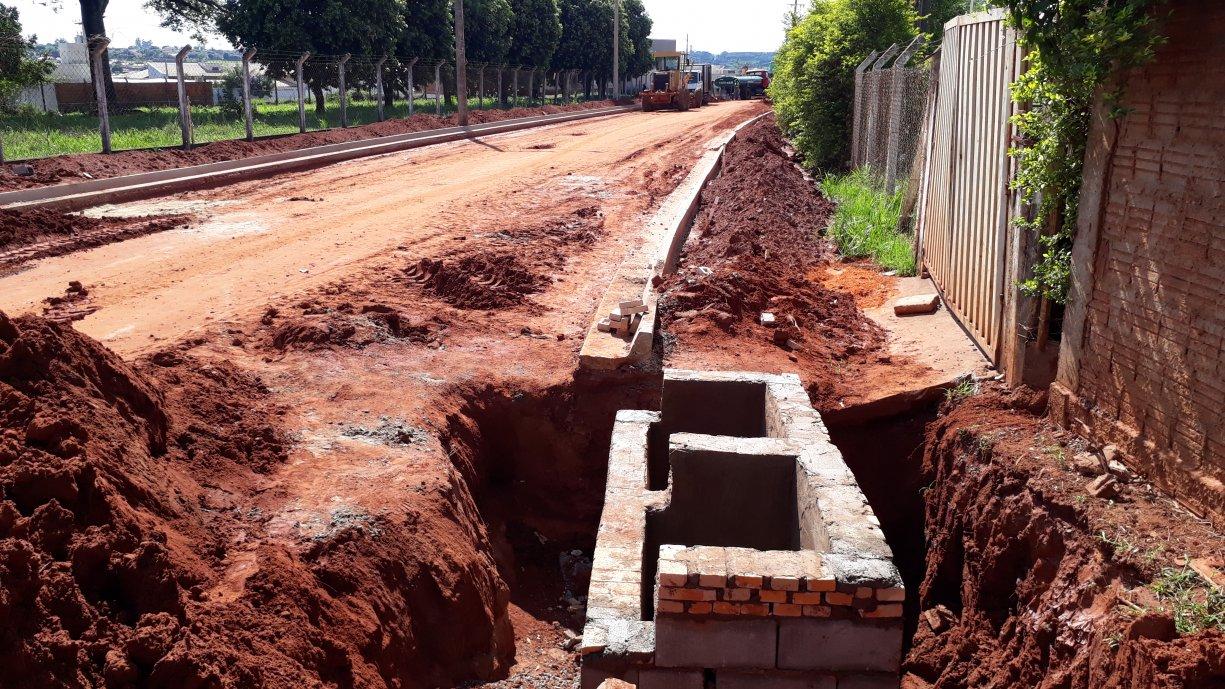 Bocas de lobos já estão quase finalizadas na Rua Acácio Lemes de Faria