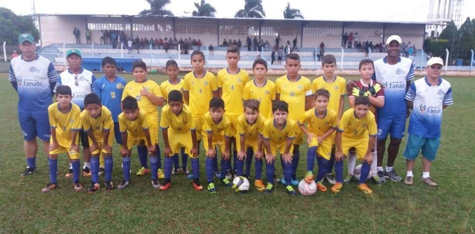 Equipes de futebol sub-10 e sub-12 de Tanabi vencem e já estão nas semifinais da COPA AME