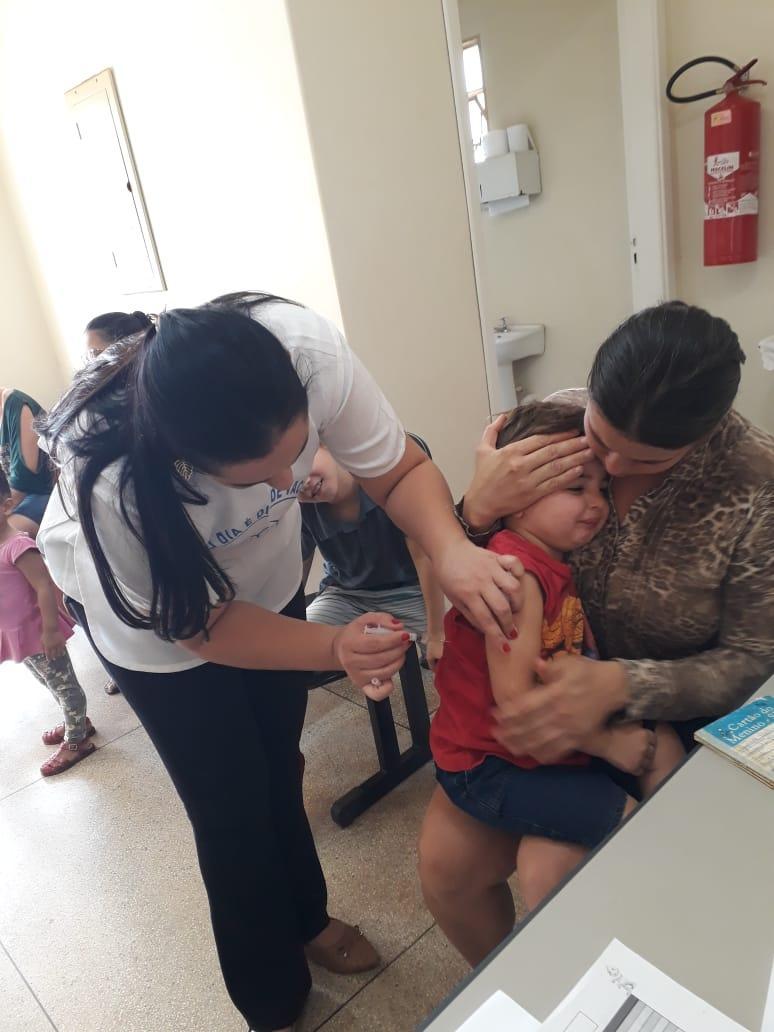 """Primeiro dia """"D"""" contra poliomielite e sarampo aconteceu no último sábado"""