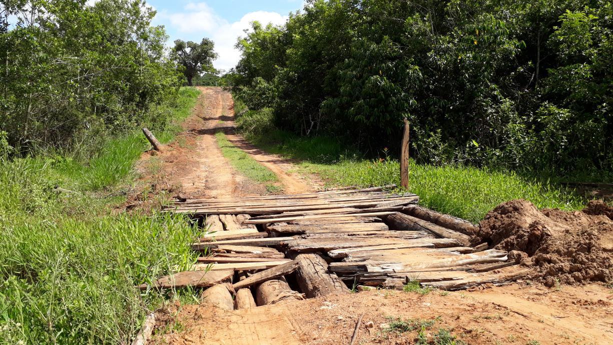 Ponte sobre a cabeceira do Córrego Jataí, na região do Bairro do Sapé, será reconstruída