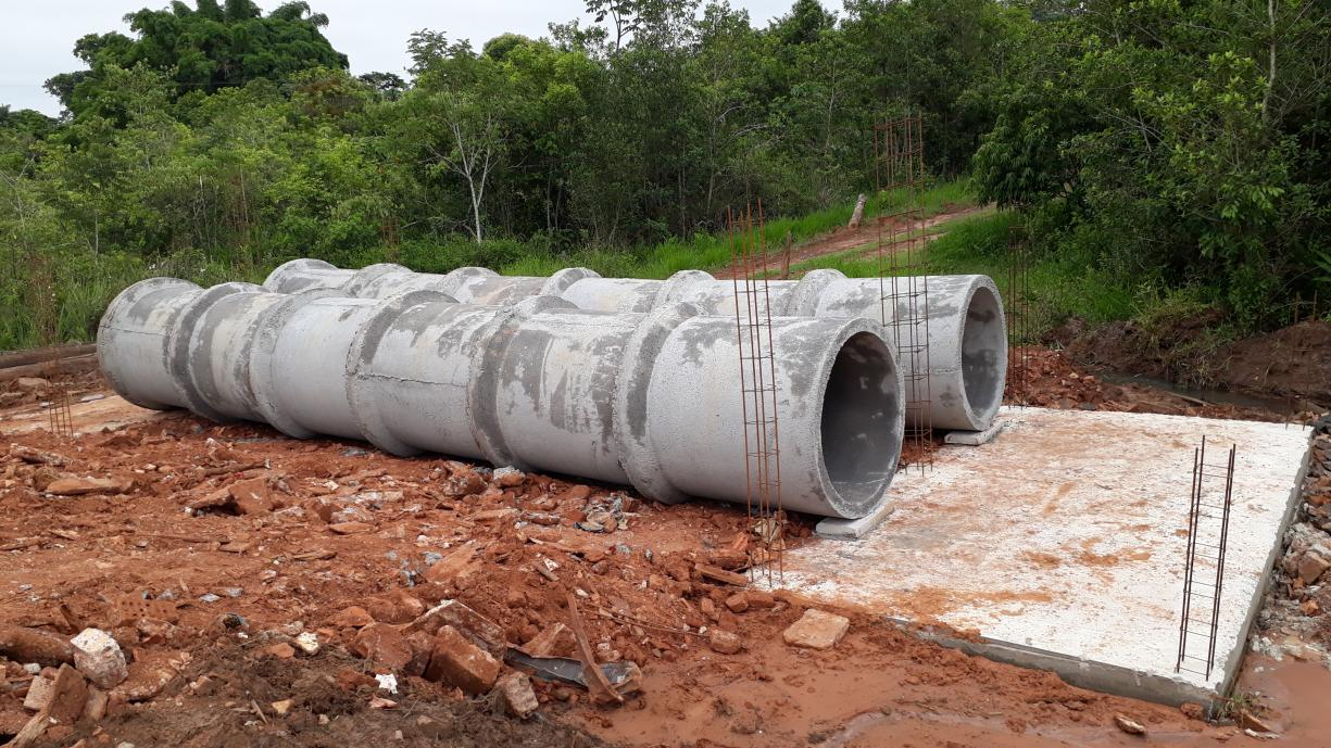 A Prefeitura finalizou esta semana a construção da ponte sobre o Córrego Jataí, na região do bairro do Sapé