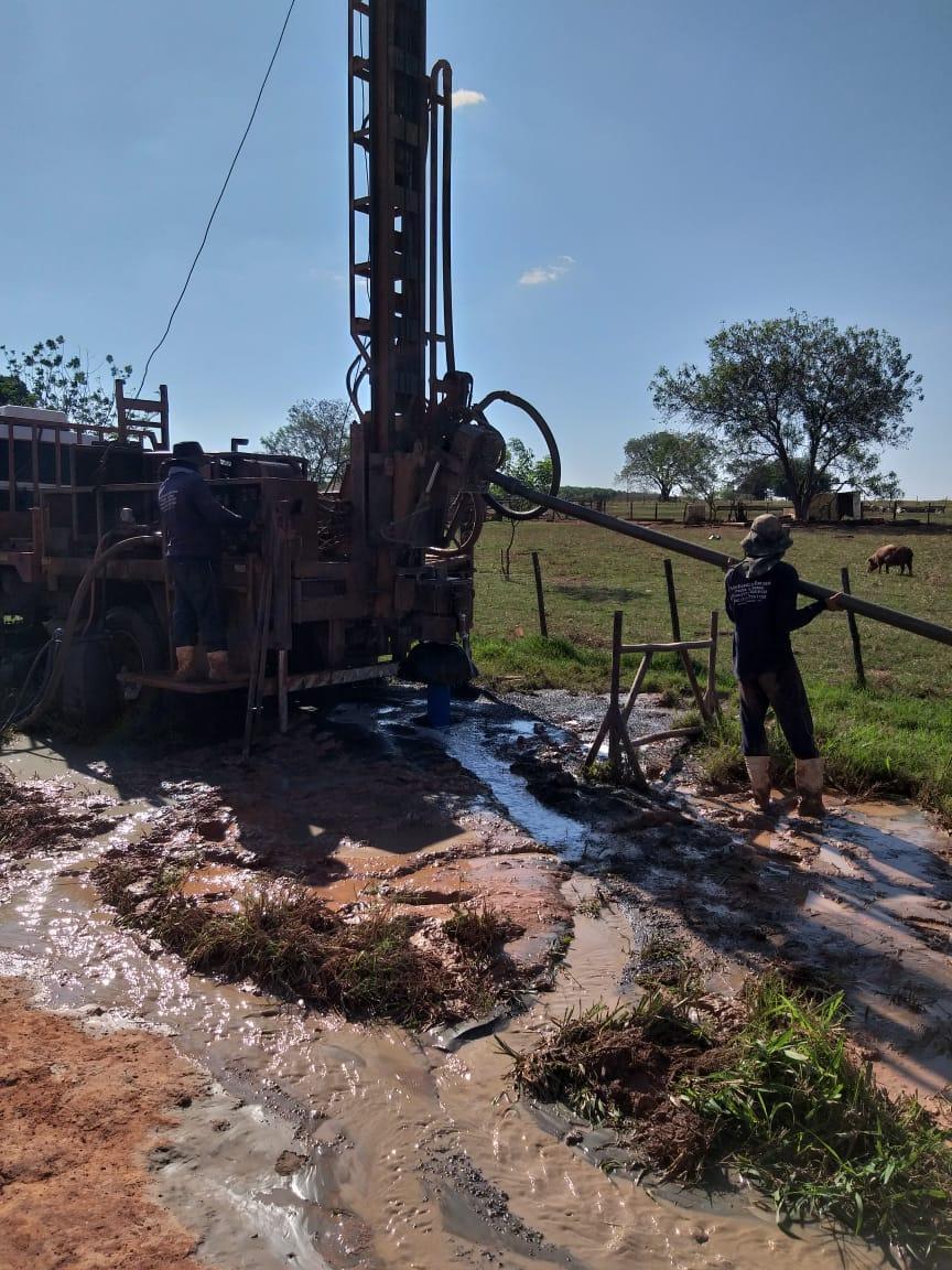 Para ampliar o abastecimento de água no Bairro Sítio do Estado um novo reservatório foi instalado esta semana