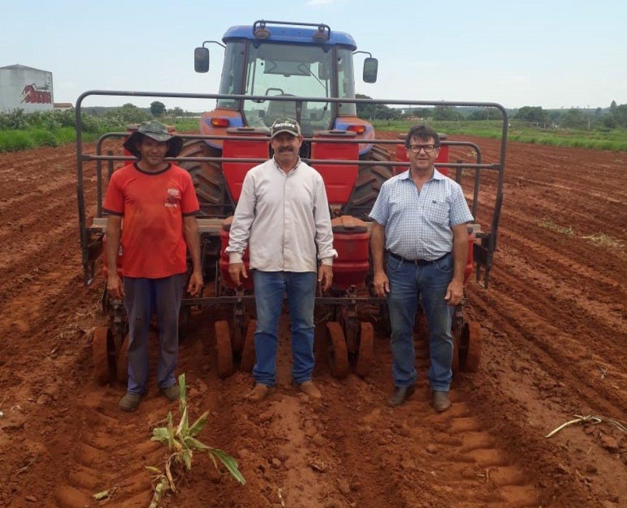 Secretaria de Agricultura de Tanabi vem desenvolvendo um importante trabalho junto aos pequenos e médios produtores rurais do município