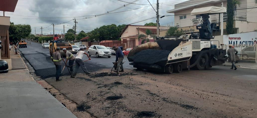 Prefeitura concluiu o recape na Avenida Antônio Lopes Cabrera