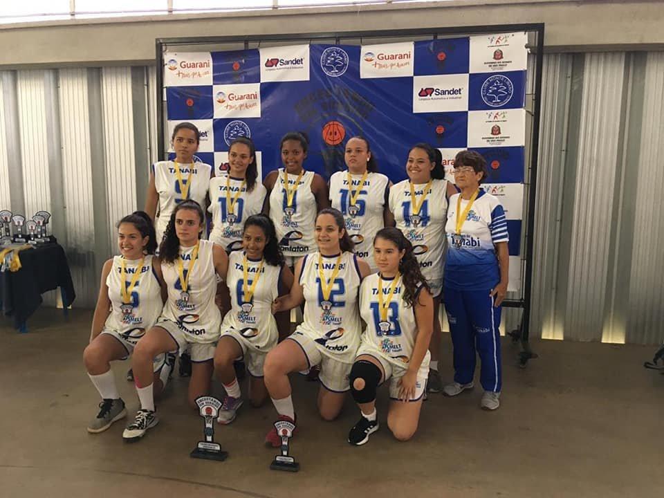 Equipe de Basquetebol Feminino sub-18 de Tanabi é campeã da Copa Monte Líbano