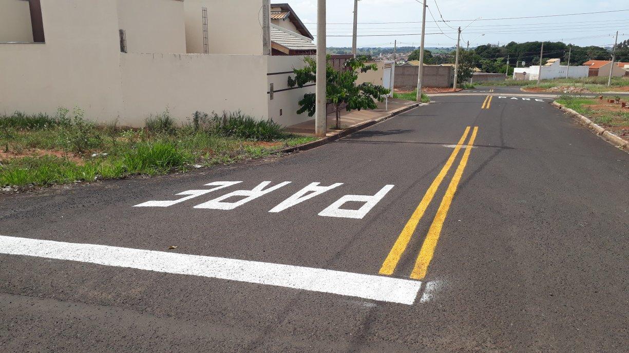Trânsito já concluiu mais de 80% dos trabalhos de revitalização das pinturas de solo no município