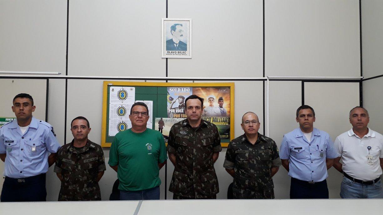 No último dia 25 a 174 Junta de Serviço Militar de Tanabi recebeu a visita do Coronel do Exército Duque