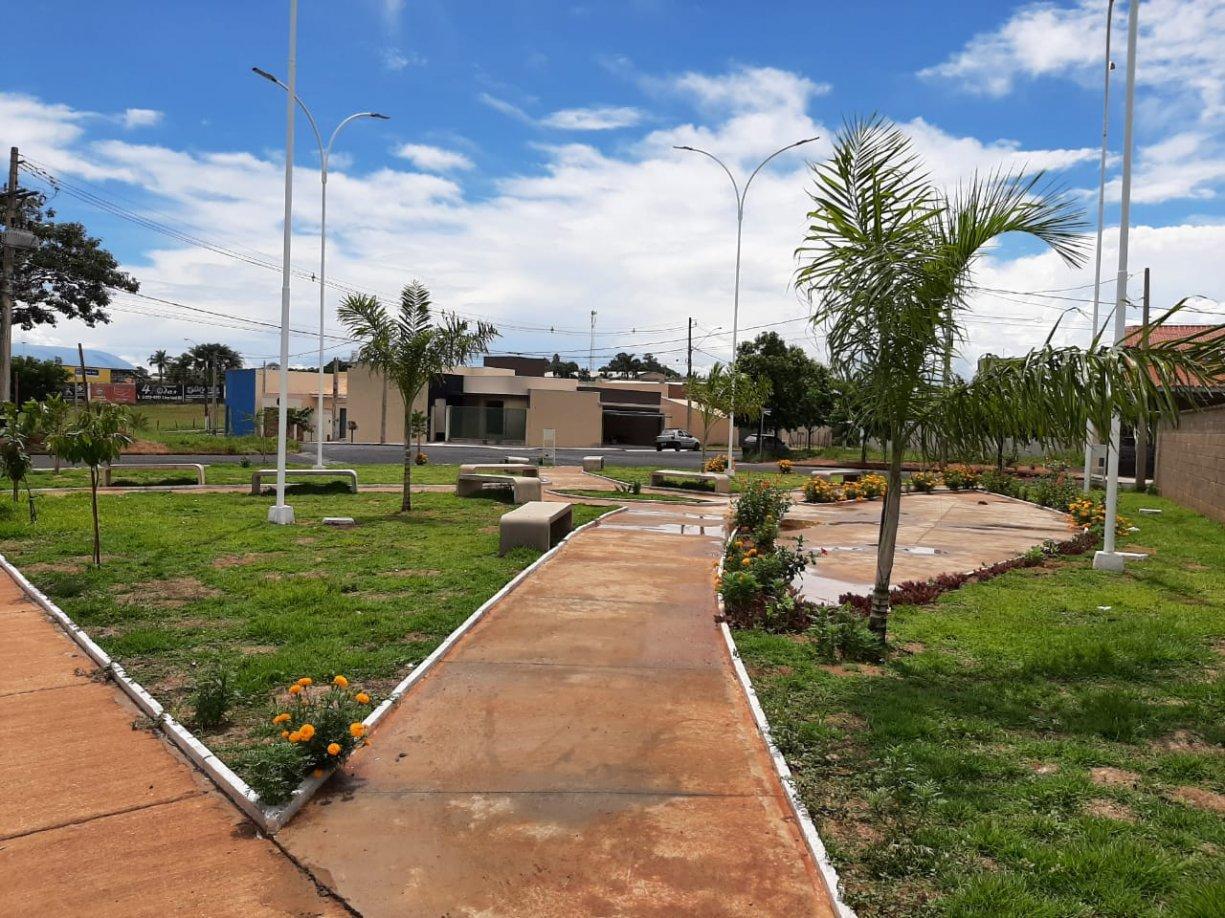 Prefeitura, professores e moradores se unem para transformar Praça no Residencial Machado II