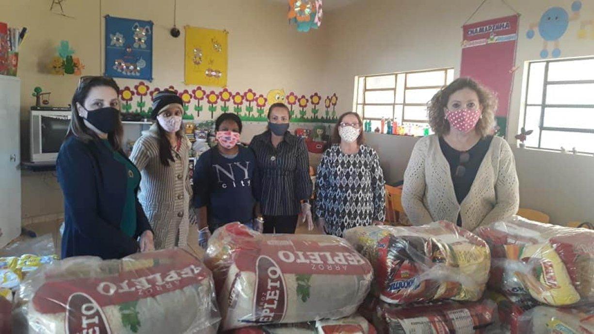 Prefeitura e Educação de Tanabi realizaram a segunda entrega de Kits Alimentação a todos os alunos da Rede Municipal de Ensino