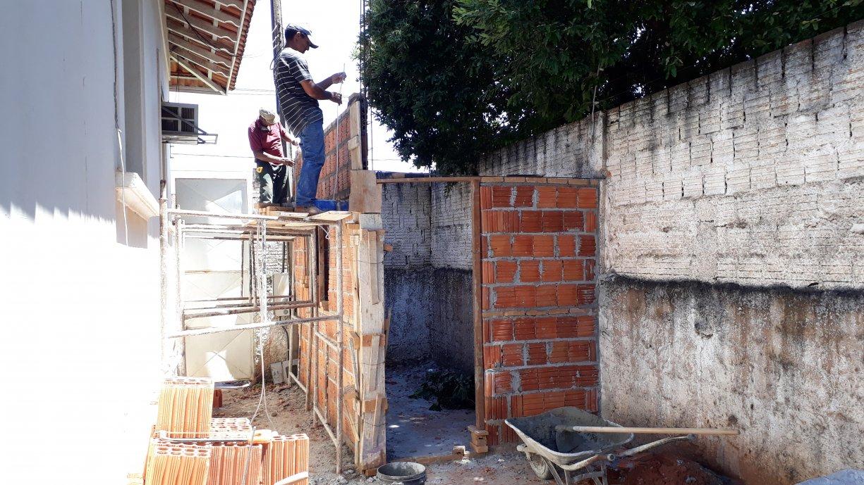 A Prefeitura está realizando reformas no prédio que abriga o Pelotão da Polícia Militar em Tanabi