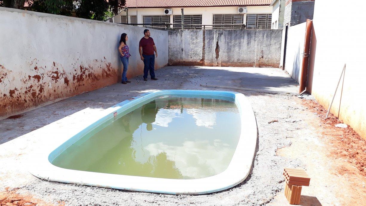 Prefeitura de Tanabi está construindo área de lazer com piscina para terceira idade em Ibiporanga
