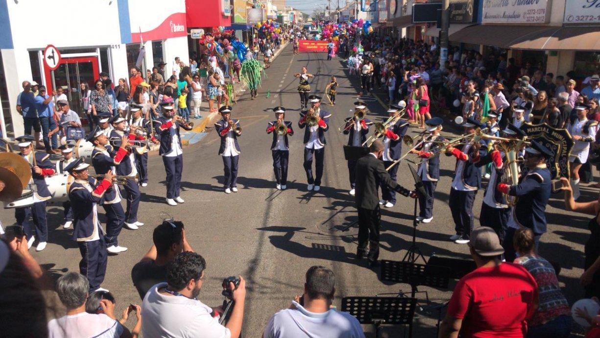 DOMINGO: Tanabi Celebra seus 137 anos com o Desfile Cívico